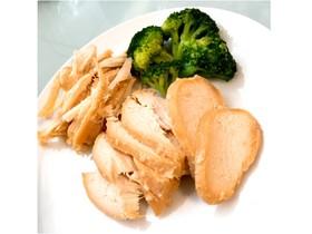 ダイエット常備菜 〜塩麹のサラダチキン〜