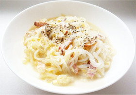 しらたきカルボナーラ 豆乳と全卵