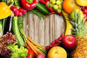 野菜でハートが作られている