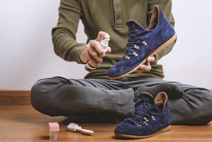 靴をきれいにする